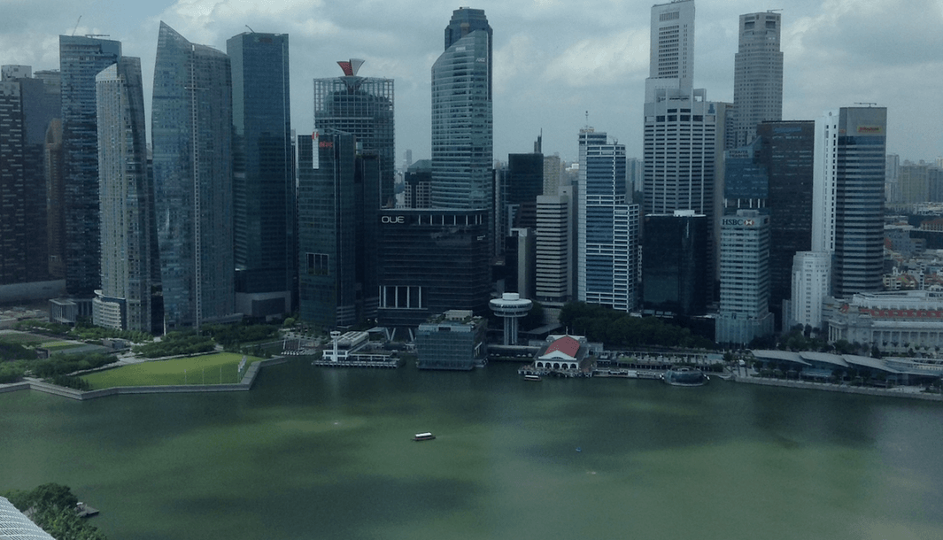 Luxury or Budget SIngapore - Marina Bay Sands